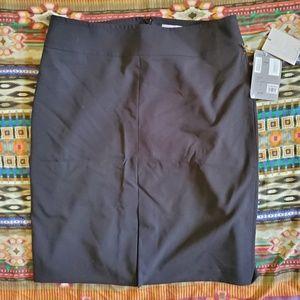 Deadstock Caslon business skirt